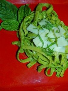 Fettucine with Arugula-Walnut Pesto